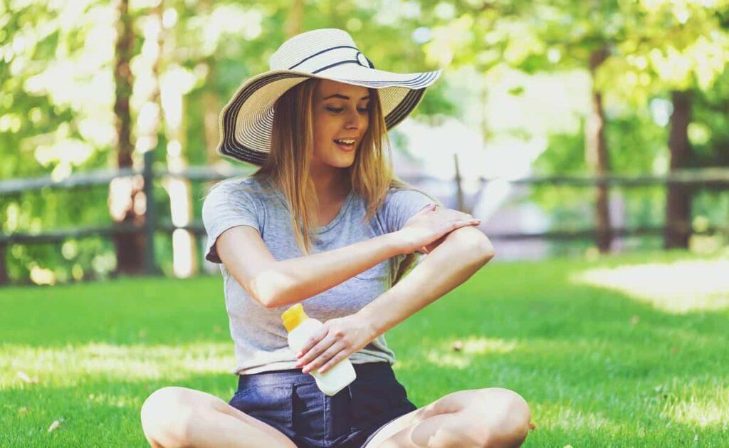Chemical vs Physical Sunscreen - bodyfacelab.com